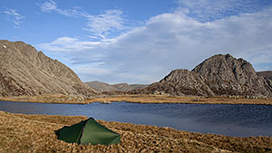 Pitch at Llyn Caseg-fraith